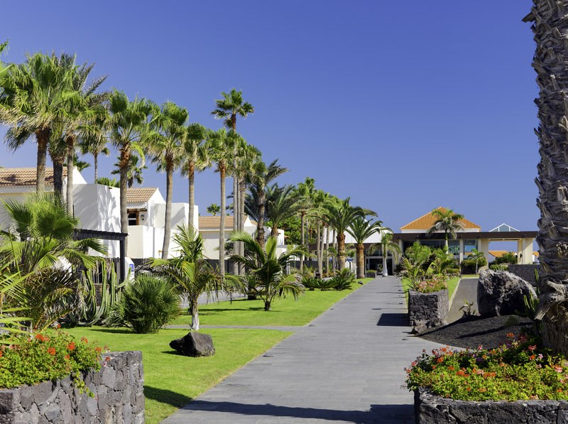 Barcel Castillo Beach Resort
