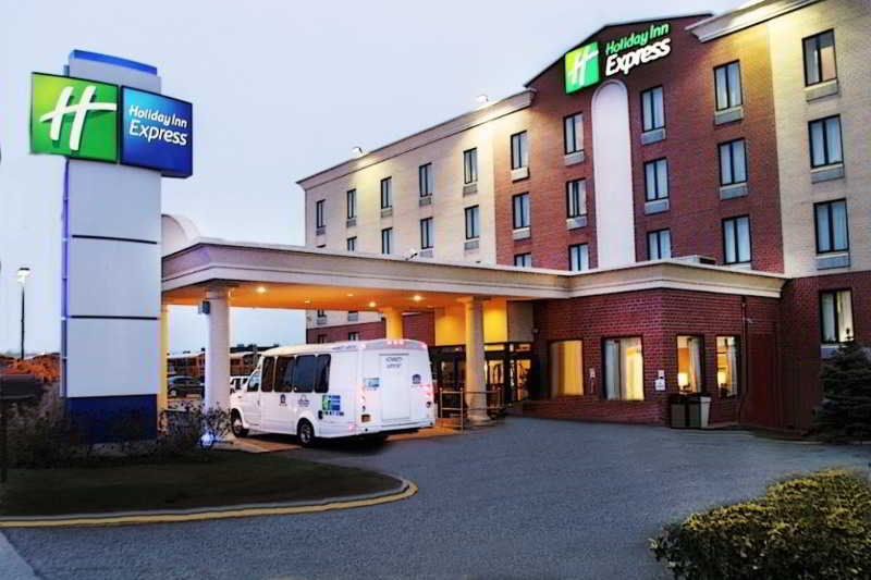 Holiday Inn Express JFK