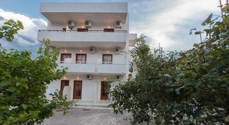Filoxenia Apartments