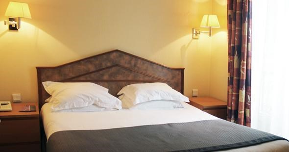 Newhotel candide - paris - Double Room .jpg