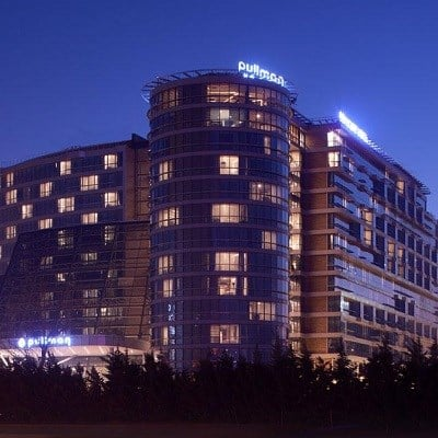 Pullman Istanbul Airport Hotel & Convention Center (Deluxe)
