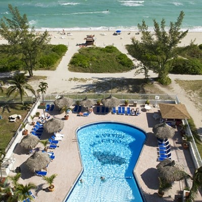 Howard Johnson Plaza Dezerland Beach & Spa (Partial Ocean View/ Room Only)