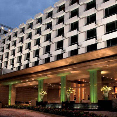 Holiday Inn Bangkok (Room Only/ Non-Refundable)