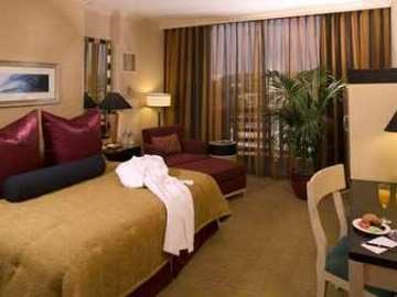 DOUBLETREE SAN DIEGO - MISSION VALLEY