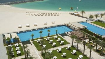 DOUBLETREE JUMEIRAH BY HILTON