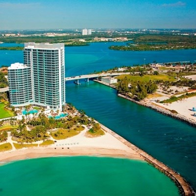 One Bal Harbour Resort & Spa (Deluxe Ocean View)