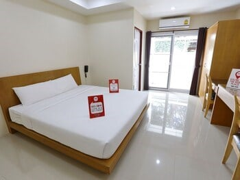 NIDA Rooms Pattana 47 Central Mall