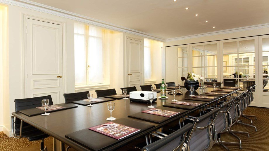 La Tremoille-Meeting Room