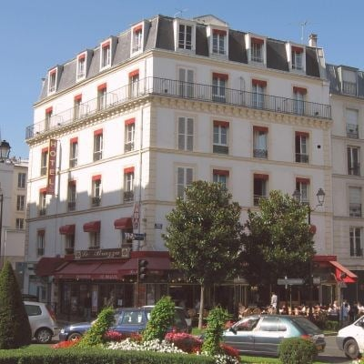 Le Bon Hotel (Non-Refundable)
