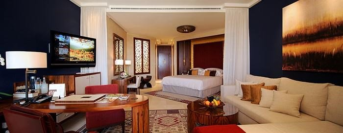 Raffles Dubai - Raffles Club Rooms.jpg
