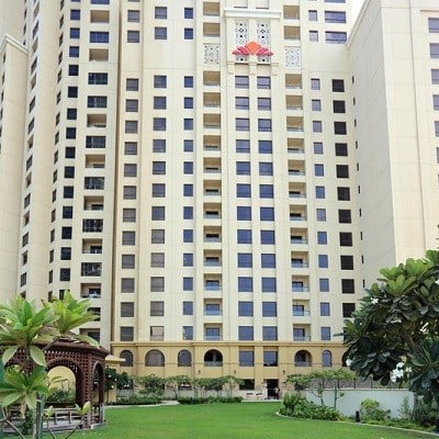 Hawthorn Suites by Wyndham Dubai (Deluxe City View)