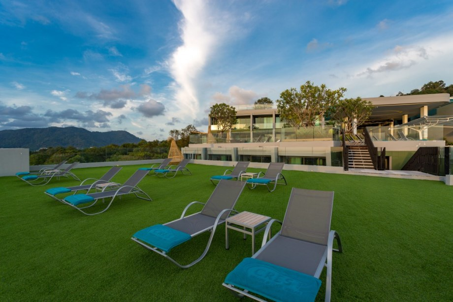 Crest Resort& Pool Villas Phuket