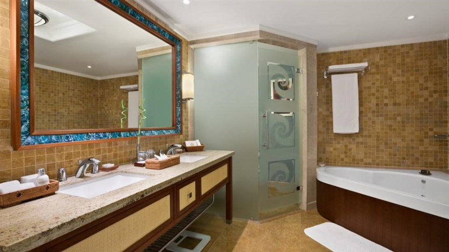 Kempinski Barbaros Bay-One-Bedroom-Suite-Bathroom