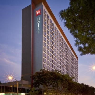 ibis Singapore on Bencoolen (Standard with Extra Benefits)