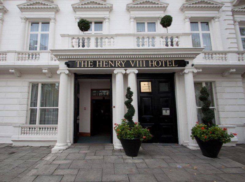 Henry The Eighth Hotel