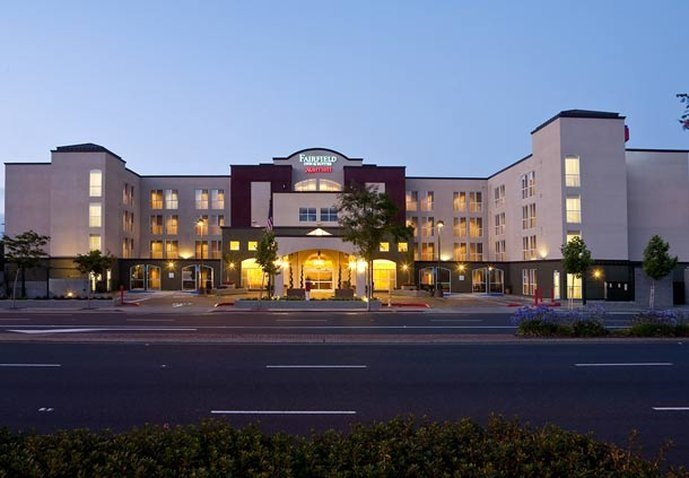 Fairfield Inn and Suites San Francisco Airport