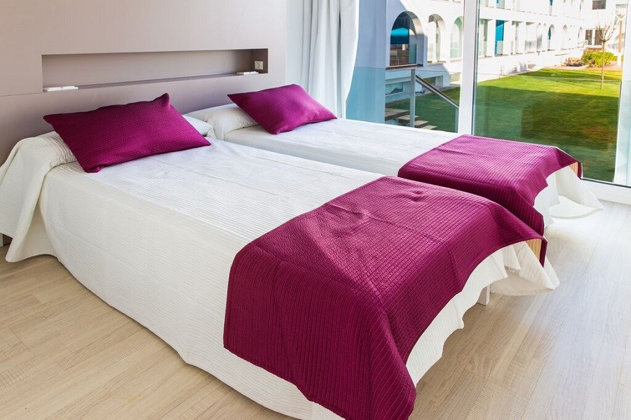 EBANO SELECT APARTMENTS- ADULTS ONLY
