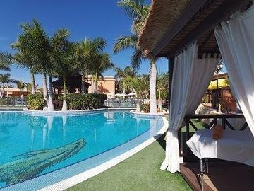 Green Garden Resort and Suites in Playa de Las Americas