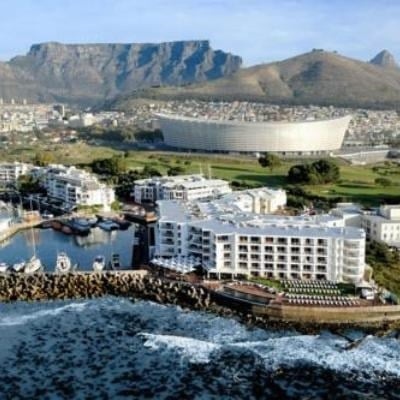 Radisson Blu Hotel Waterfront, Cape Town (Business Class)