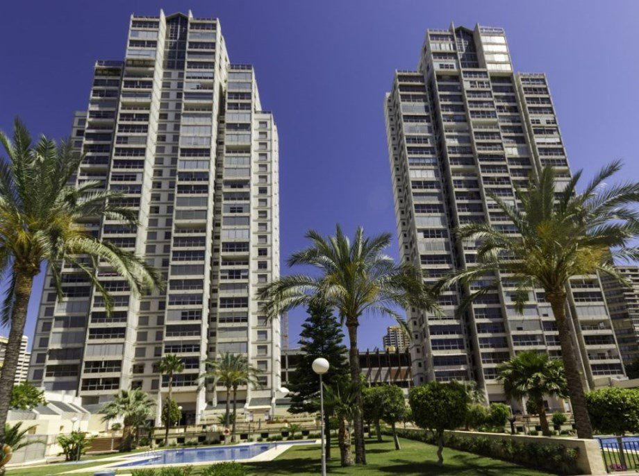 GEMELOS 20 APTS -BE-