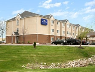 Microtel Kansas City Airport