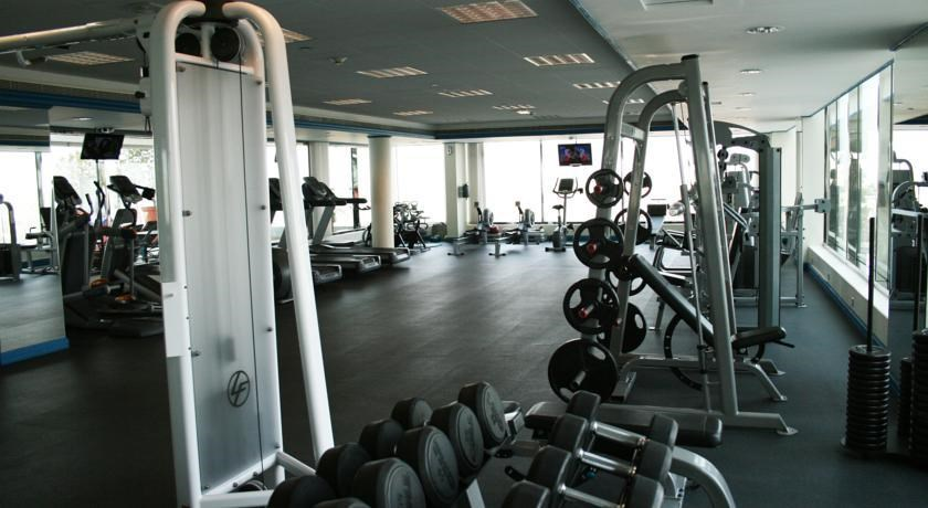 Towers Rotana-Fitness Center