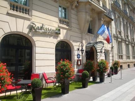 HOTEL RADISSON BLU CHAMPS ELYSEES