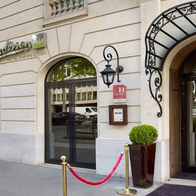 Radisson Blu Champs-Elysees Paris (Business Class)