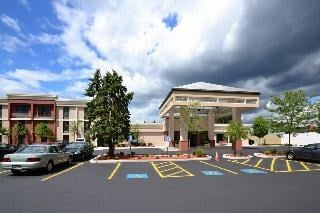 Holiday Inn Express Boston-Brockton