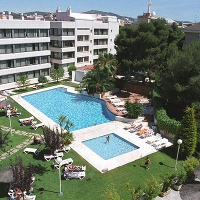 Atenea Park Suites Apartaments (Studio/ 10km from Sitges)