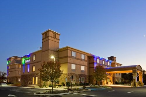 Holiday Inn Express Hotel & Suites Absecon-Atlantic City