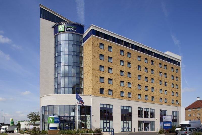 HOTEL EXPRESS BY HOLIDAY INN NEWBURY PARK