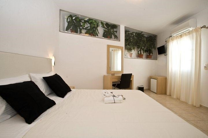 Zannis Hotel-Double Room