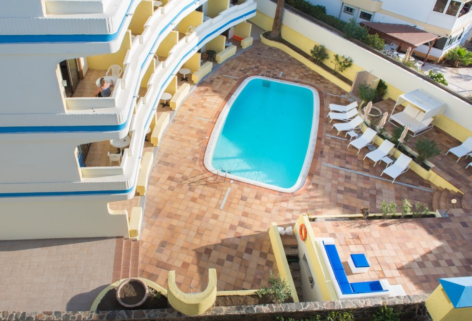 APARTAMENTOS DOLORES - ADULTS ONLY