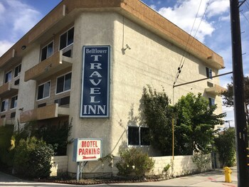 Bellflower Travel Inn