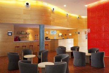 HOLIDAY INN EXPRESS BARCELONA