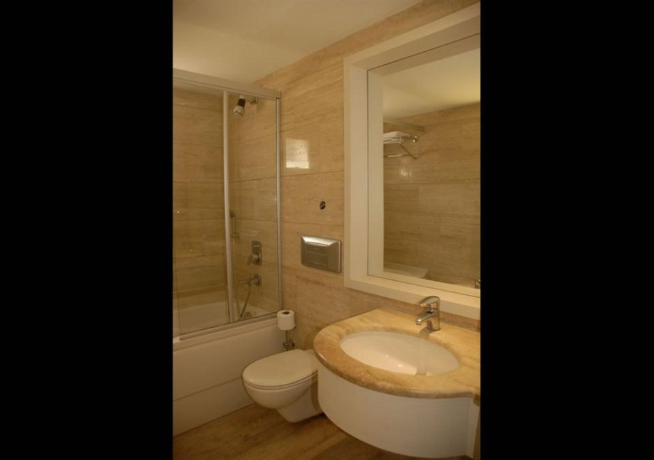 Kervansaray Bodrum Resort-Bathroom