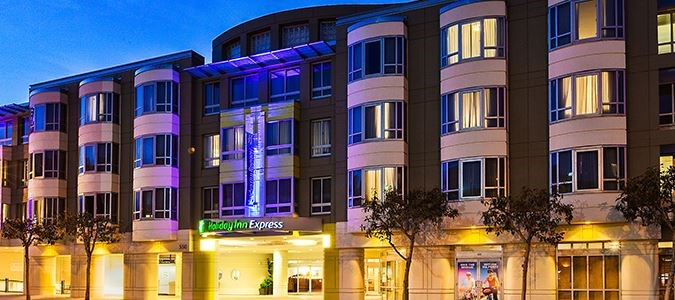 Holiday Inn Express & Suites Fisherman's Wharf