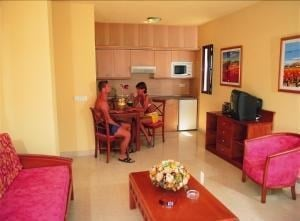 Broncemar Beach Hotel