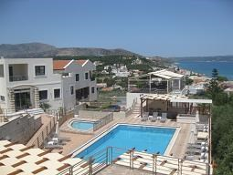 Kalyves - crete - pool.JPG