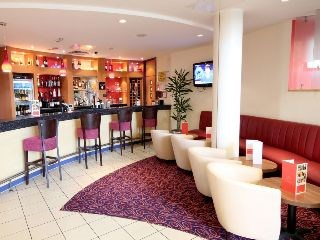 Ramada London North M1