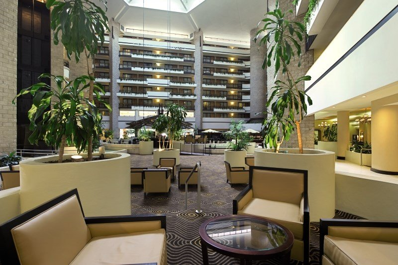 Embassy Suites Orlando at Jamaican Court