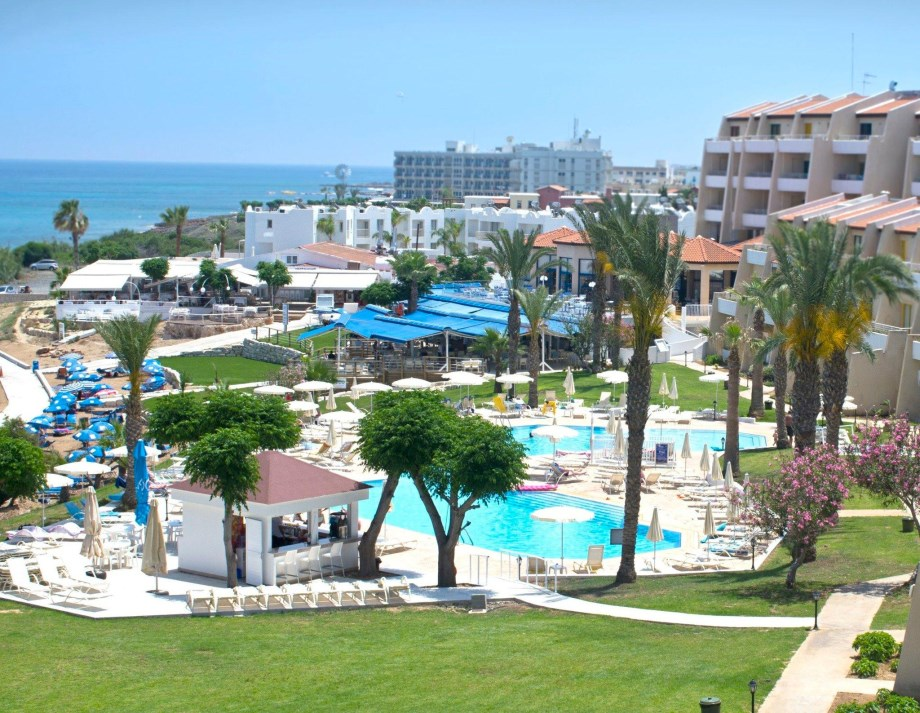 Myroandrou Beach Apartments