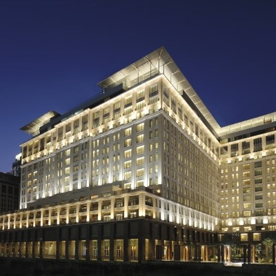 The Ritz-Carlton Dubai International Financial Centre (Executive Suite)
