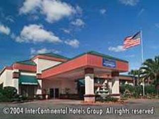 Baymont Inn & Suites Florida Mall