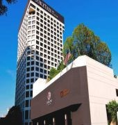 DOUBLETREE BY HILTON HOTEL LOS ANGELES DOWNTOWN (EX-Kyoto Grand Hotel and Gardens)