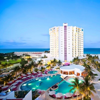 Krystal Grand Punta Cancun (Deluxe Ocean View/ All Inclusive)
