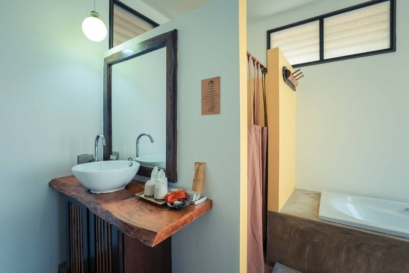 The Coconut Cottage Bathroom