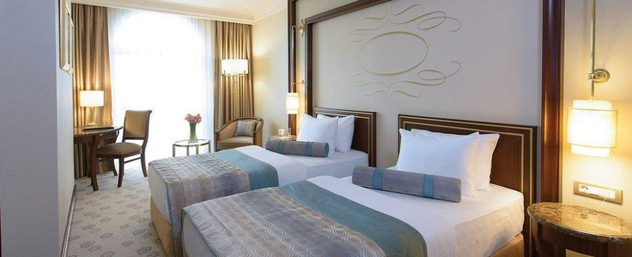 Elite World Istanbul-Twin room.JPG