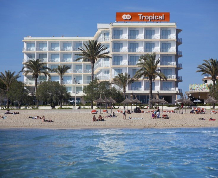 Hm Tropical Hotel